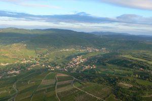 Vol en montgolfière au-dessus des vignes du Mâconnais