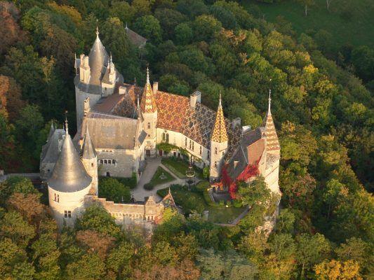 Vol en montgolfière au-dessus des châteaux en Bourgogne